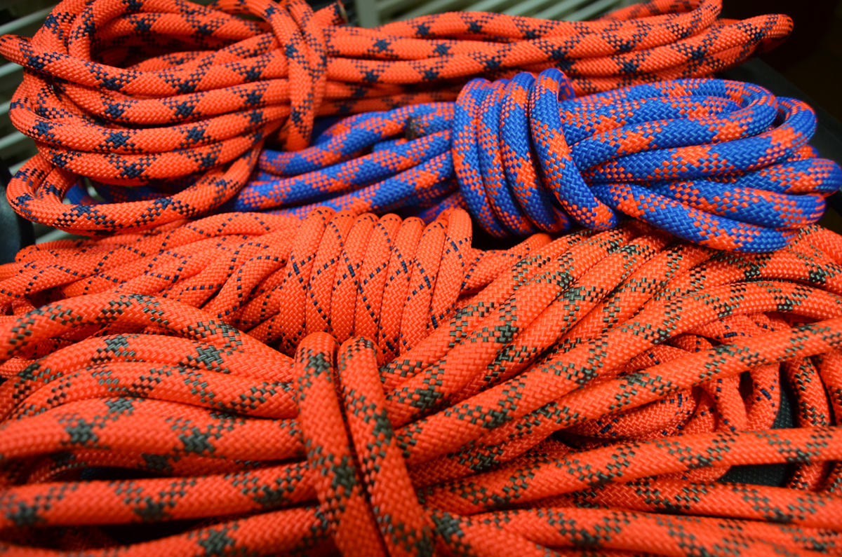 Верёвка страховочно-спасательная статическая плетёная с сердечником низкого растяжения
